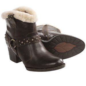 BORN Connolly Leather Shearling Lined Ankle Boots